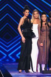 Kendall Jenner, Khloe Kardashian, Kim Kardashian, Kourtney Kardashian and Kris Jenner – People's Choice Awards 2018