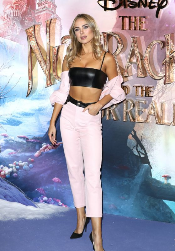 "Kimberley Garner – ""The Nutcracker and the Four Realms"" Premiere in London"