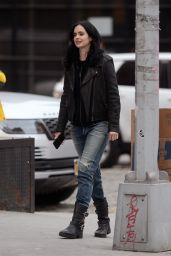 Krysten Ritter - Filming a Commercial in NYC 11/19/2018