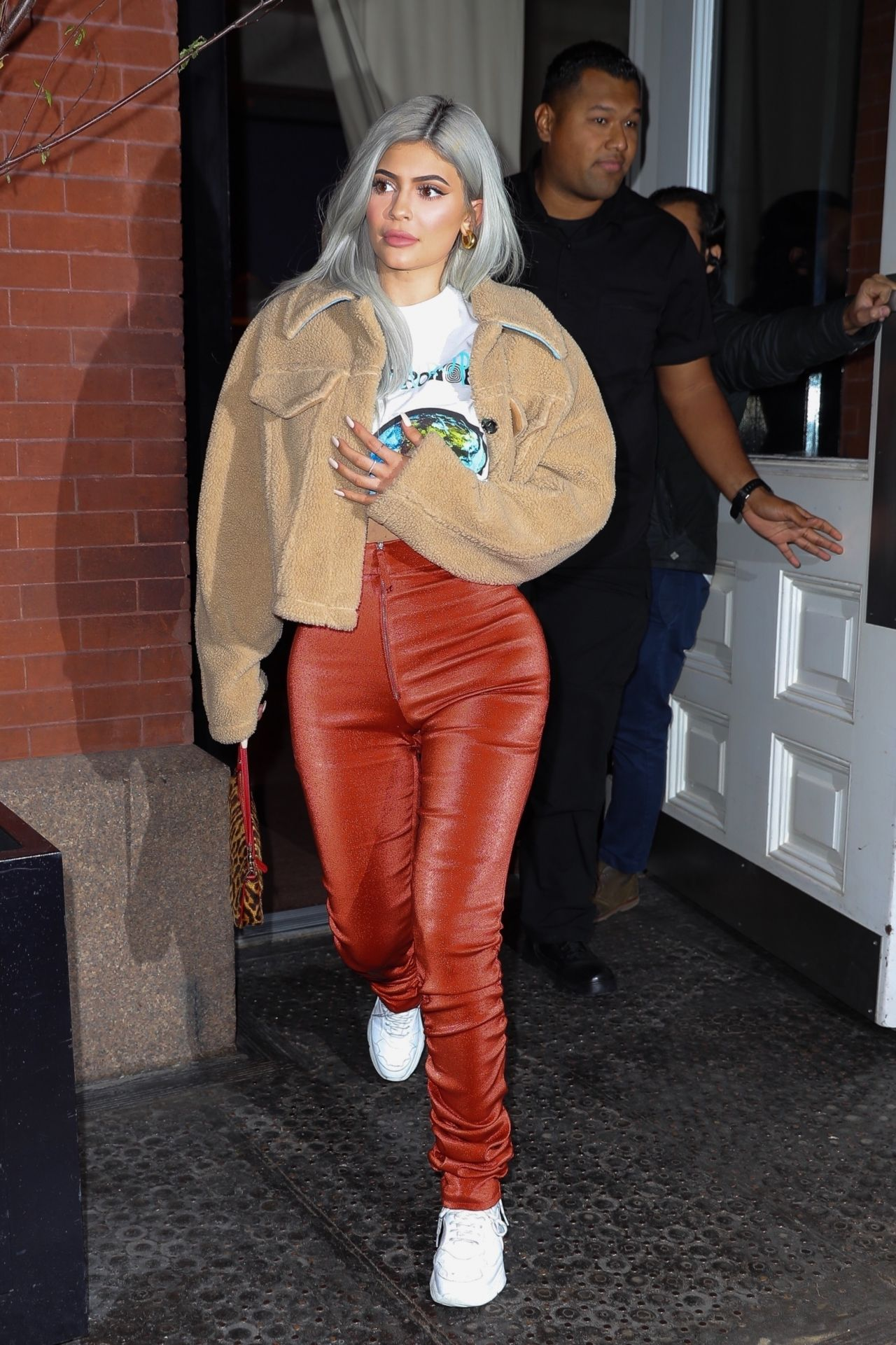 kylie jenner style 11  27  2018