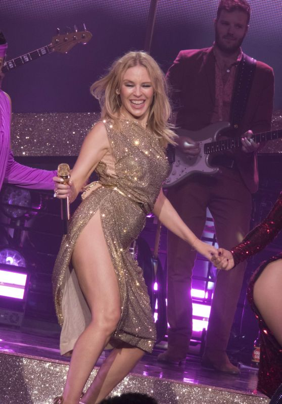 Kylie Minogue - Performing Live in Padova 11/12/2018