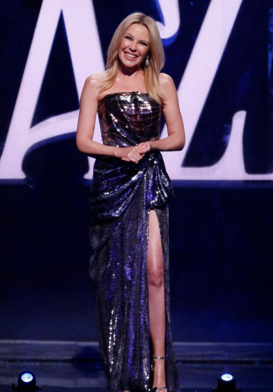 "Kylie Minogue - ""We Are Most Amused And Amazed"" TV Show 11/04/2018"