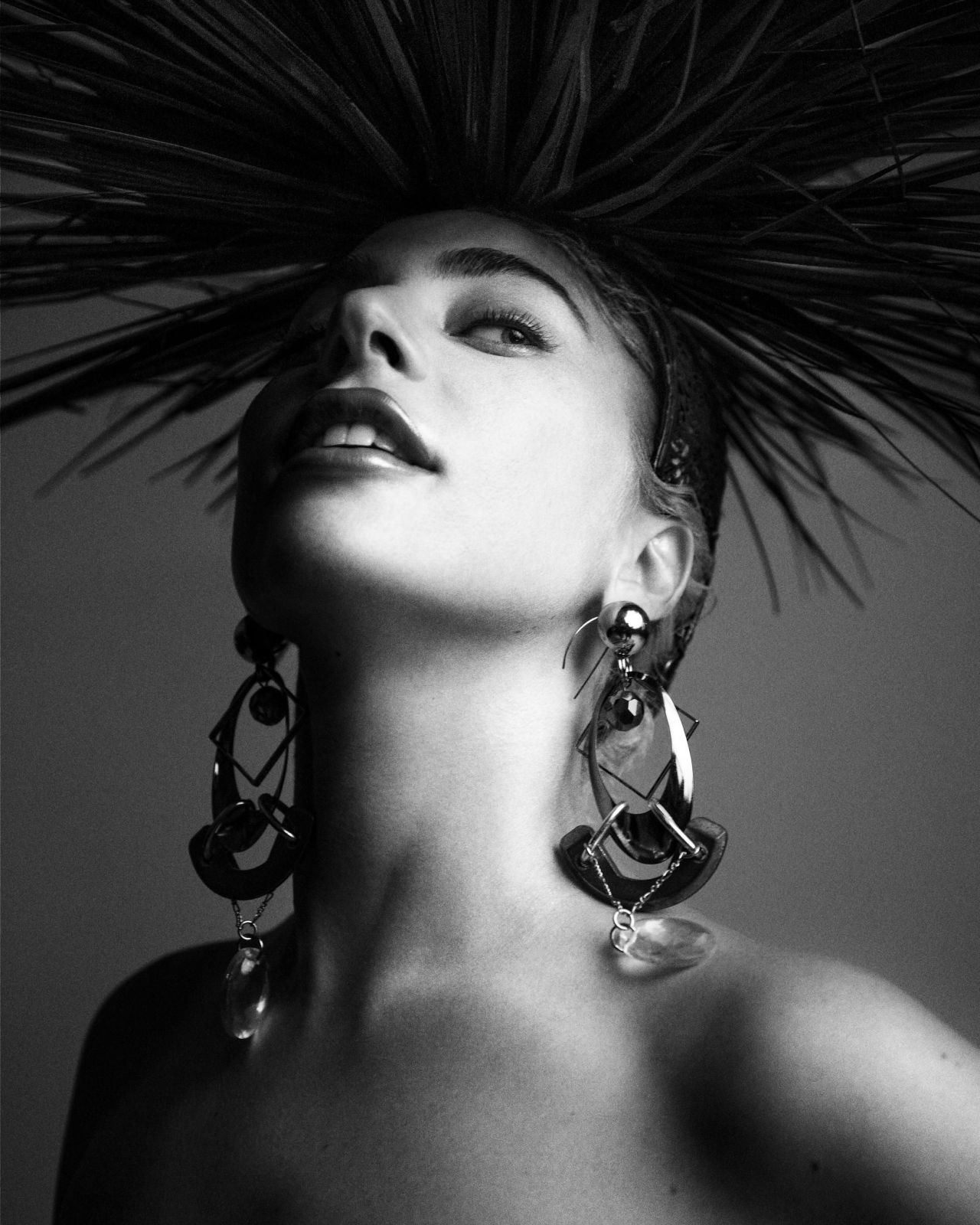 https://celebmafia.com/wp-content/uploads/2018/11/lady-gaga-photoshoot-for-enigma-2018-2.jpg