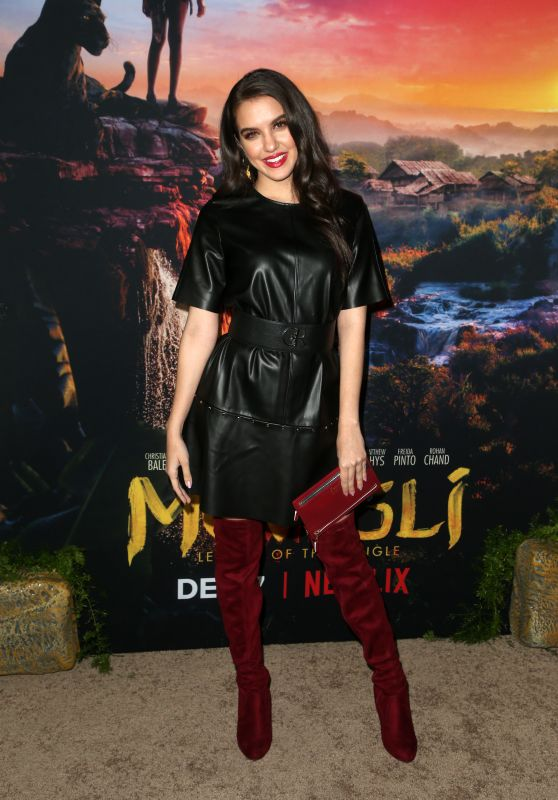 "Lilimar Hernandez – ""Mowgli"" Premiere in Hollywood"