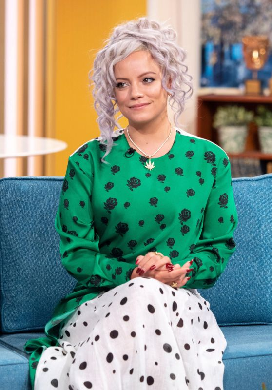 Lily Allen Appeared on This Morning TV Show in London 11/23/2018