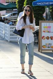 Lily Collins Casual Style 11/26/2018