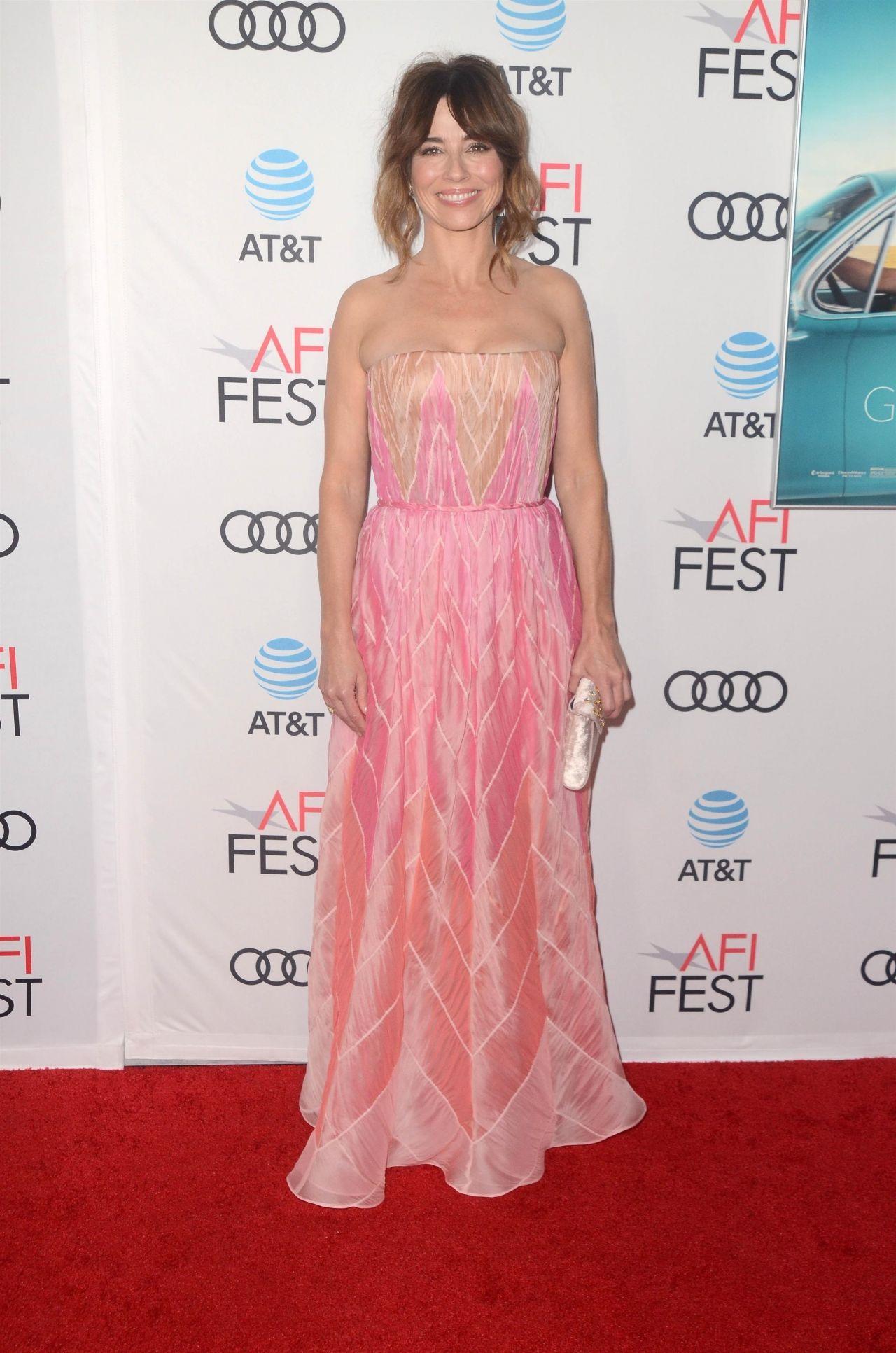"Linda Cardellini - ""Green Book"" Gala Screening at AFI Fest ..."