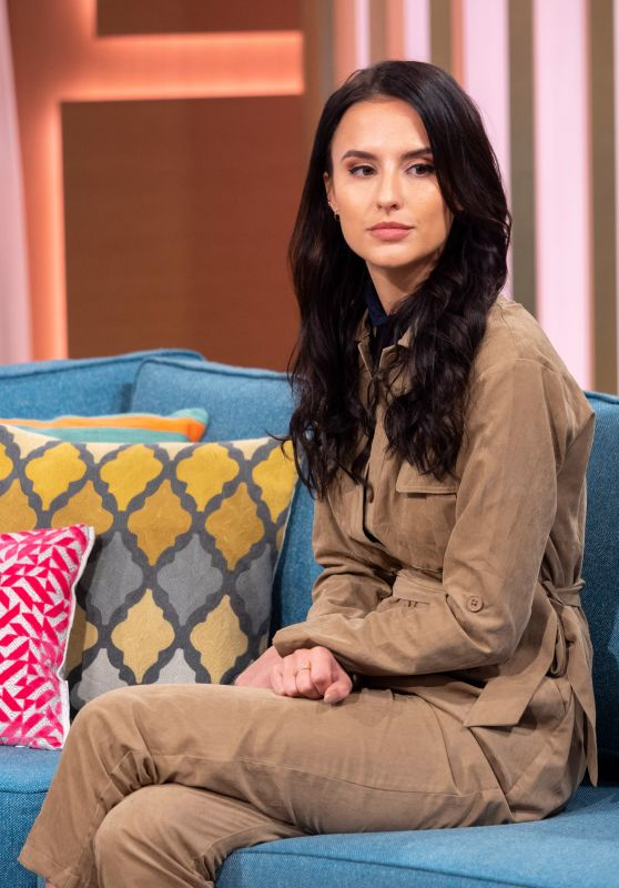 "Lucy Watson - ""This Morning"" TV Show in London 11/27/2018"