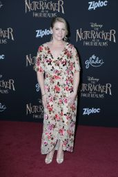 """Melissa Joan Hart – """"The Nutcracker and the Four Realms"""" Premiere in Hollywood"""