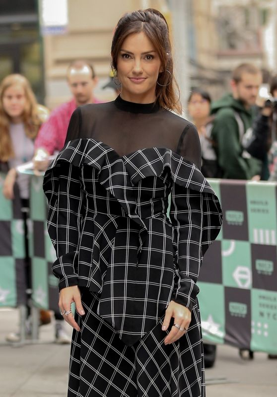 Minka Kelly at the BUILD Series in NYC 11/01/2018