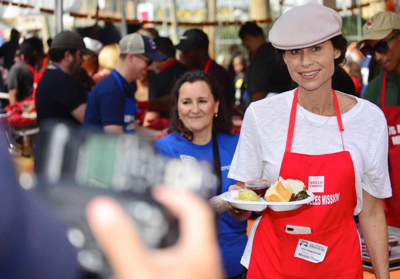https://celebmafia.com/wp-content/uploads/2018/11/minnie-driver-los-angeles-mission-hosts-thanksgiving-event-for-the-homeless-11-21-2018-8.jpg