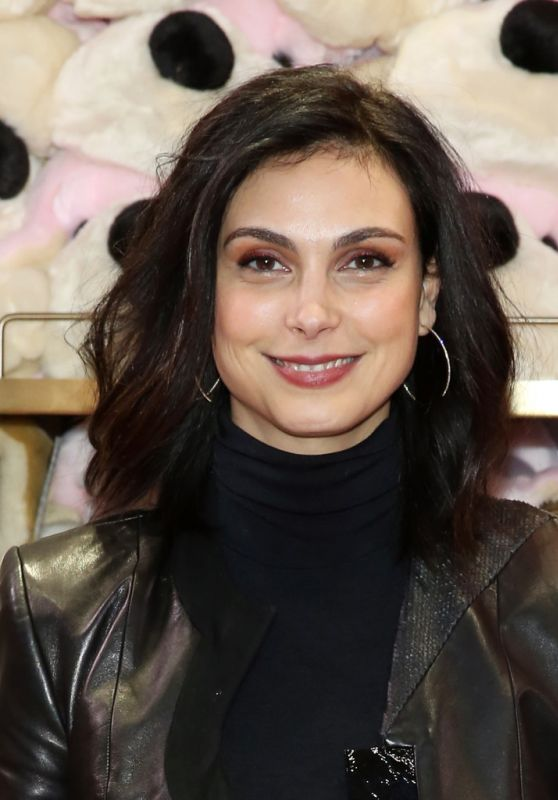 Morena Baccarin - FAO Schwarz Grand Opening Event