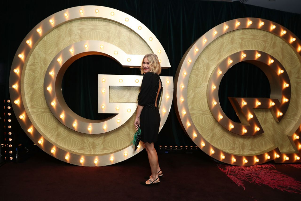 https://celebmafia.com/wp-content/uploads/2018/11/naomi-watts-2018-gq-australia-men-of-the-year-awards-5.jpg