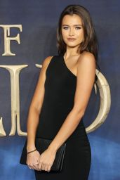 """Natalya Wright – """"Fantastic Beasts: The Crimes of Grindelwald"""" Premiere in London"""
