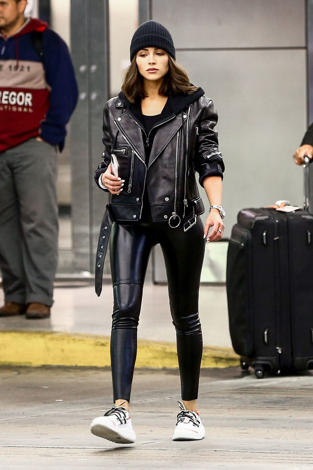 Olivia Culpo In Leather Jacket And Skintight Leather Pants -5689