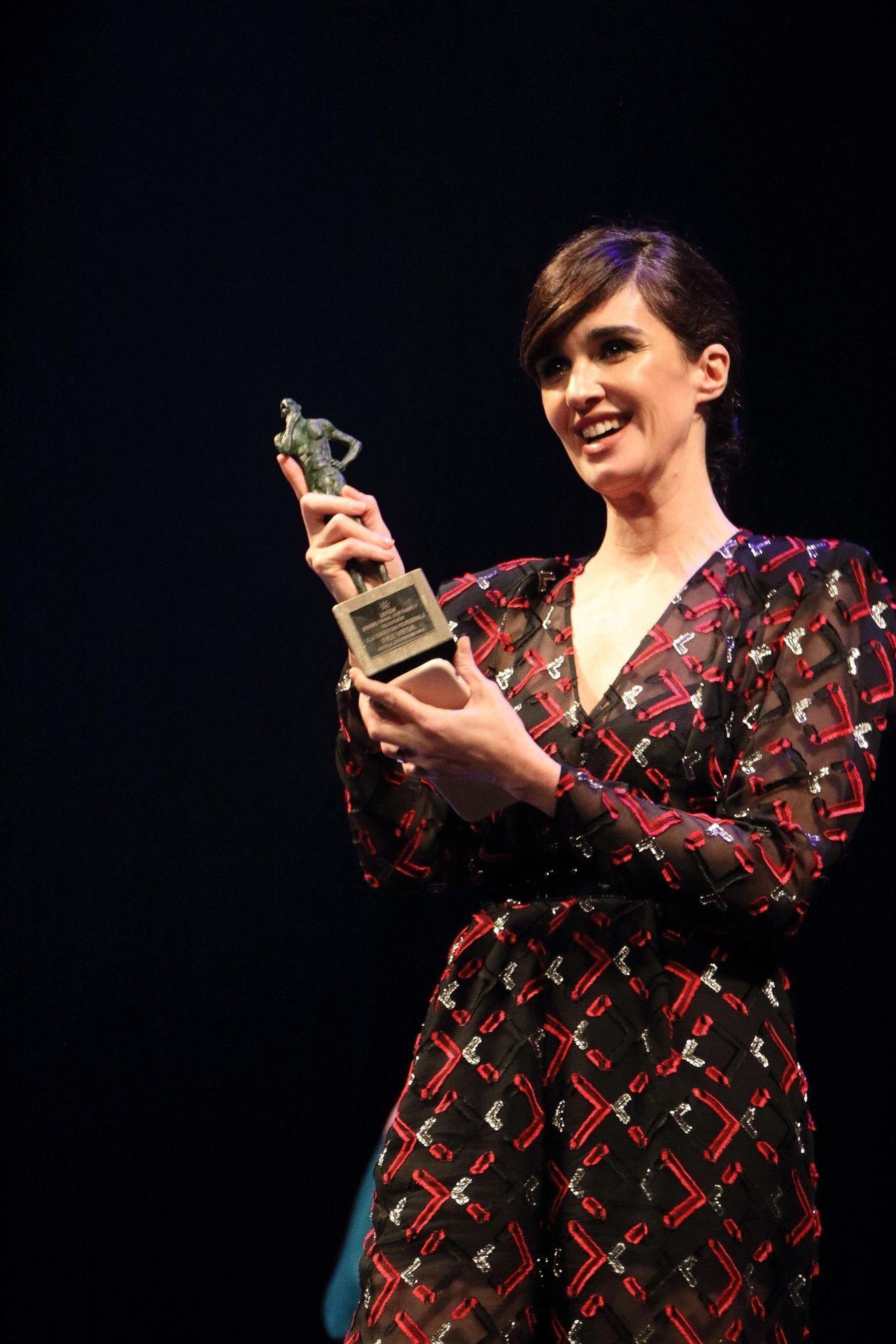 https://celebmafia.com/wp-content/uploads/2018/11/paz-vega-wins-an-award-at-the-seville-film-festival-11-14-2018-7.jpg