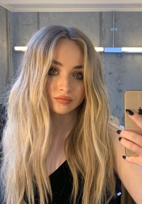 Sabrina Carpenter - Personal Pics 11/19/2018