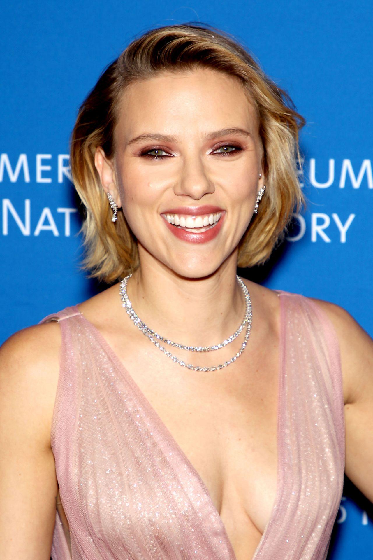 Scarlett Johansson - A...