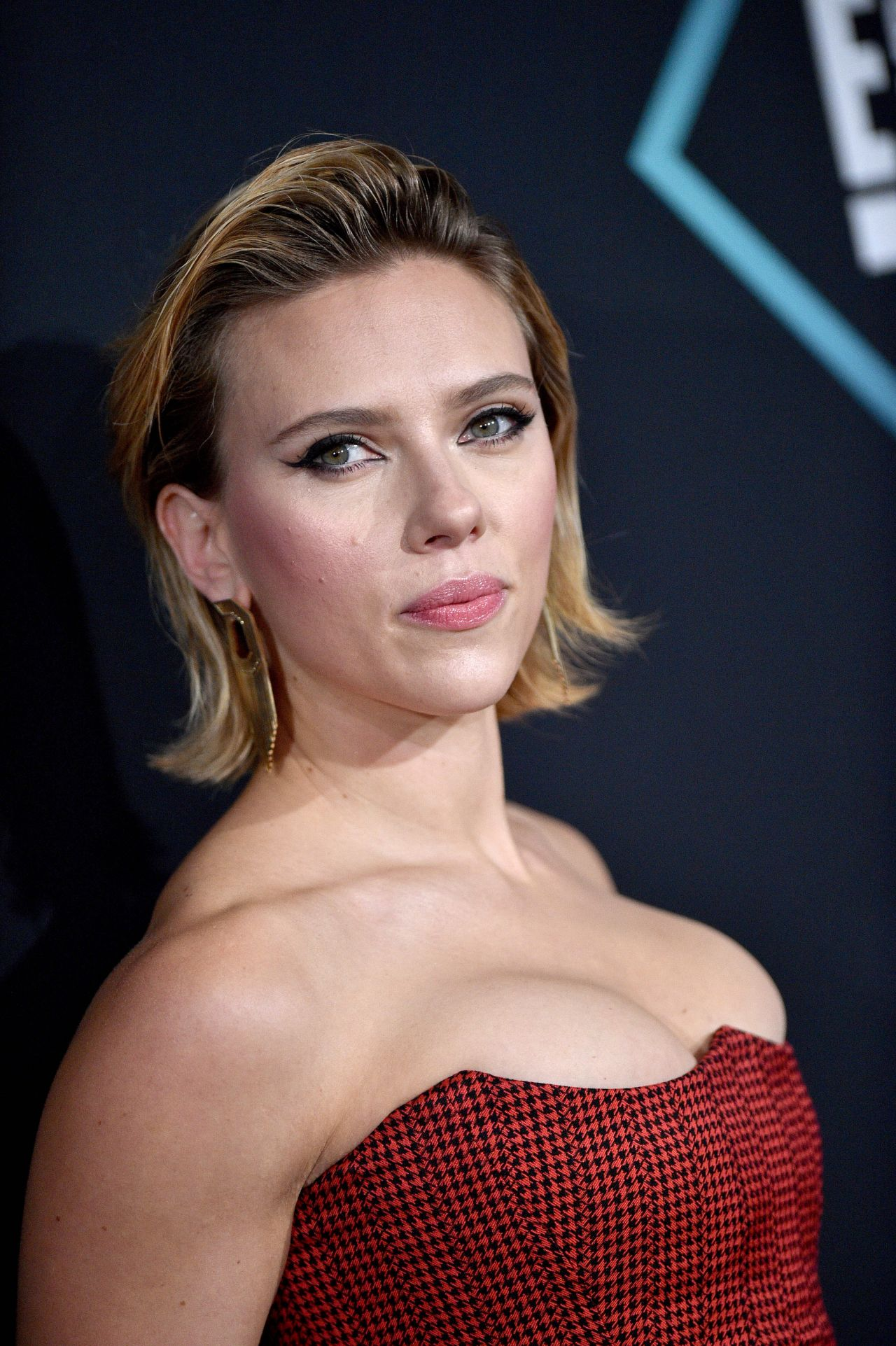 Scarlett Johansson - People's Choice Awards 2018 (Part II)