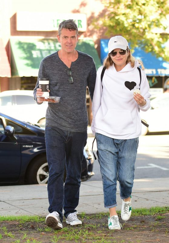 Selma Blair With Boyfriend Out in LA 11/24/2018