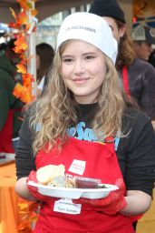 Taylor Spreitler – Los Angeles Mission Thanksgiving Meal for the Homeless 11/21/2018
