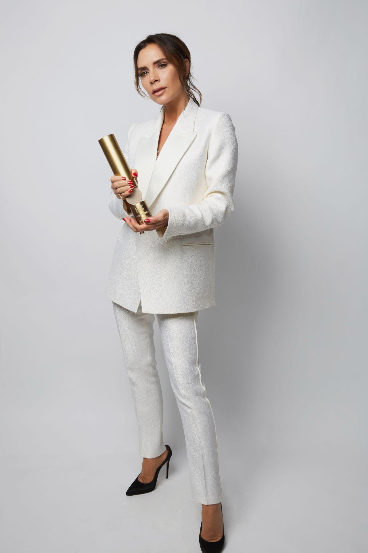 https://celebmafia.com/wp-content/uploads/2018/11/victoria-beckham-2018-people-s-choice-awards-portrait-2.jpg