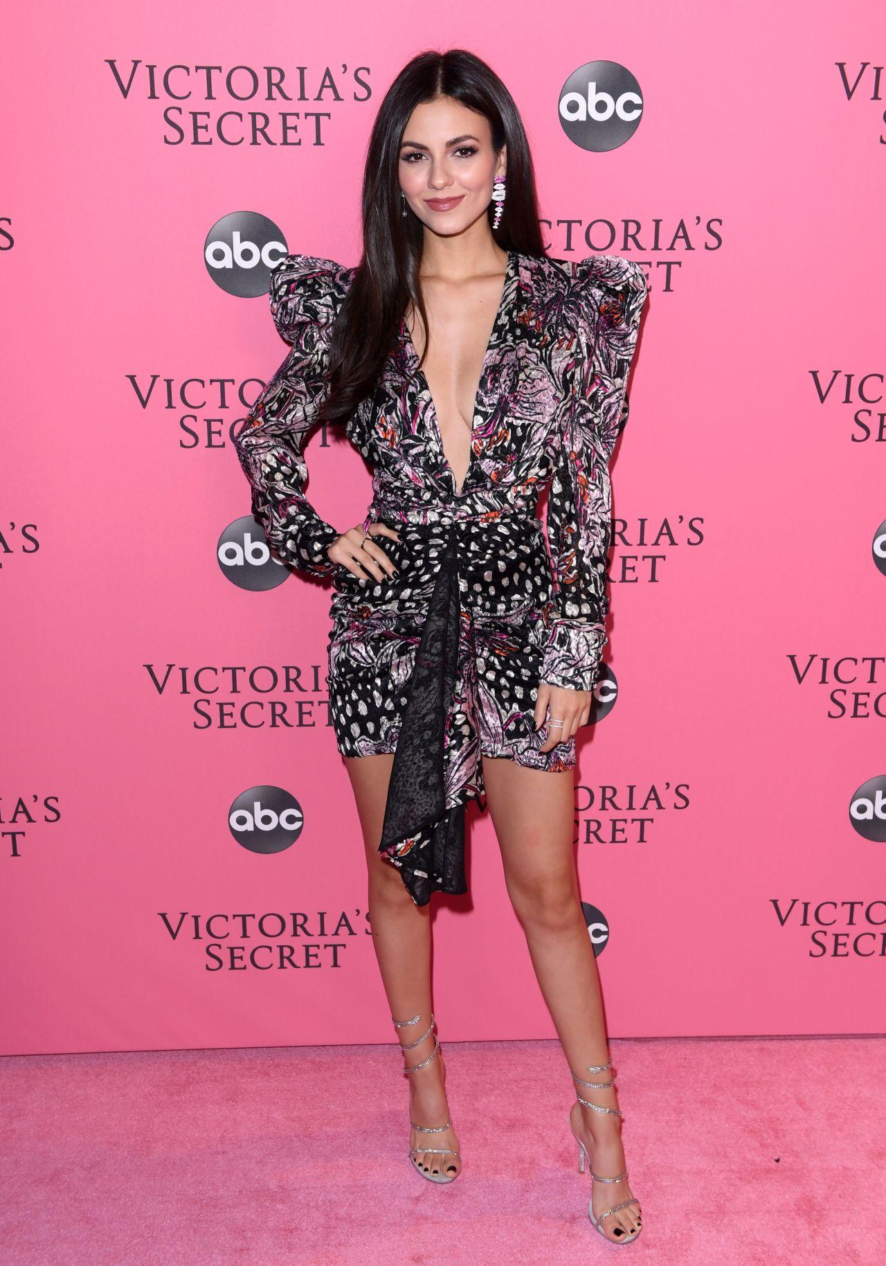 Victoria Justice – 2018 Victoria's Secret Fashion Show