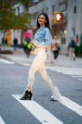 Victoria Justice Street Style 11/07/2018