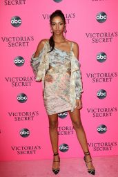 Aiden Curtiss – 2018 Victoria's Secret Viewing Party in NYC