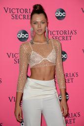 Alannah Walton – 2018 Victoria's Secret Viewing Party in NYC