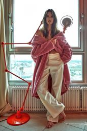 Alessandra Ambrosio - Photoshoot for Numero Russia Autumn 2018 / Winter 2019