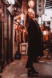 Alexis Ren - Personal Pics 12/03/2018