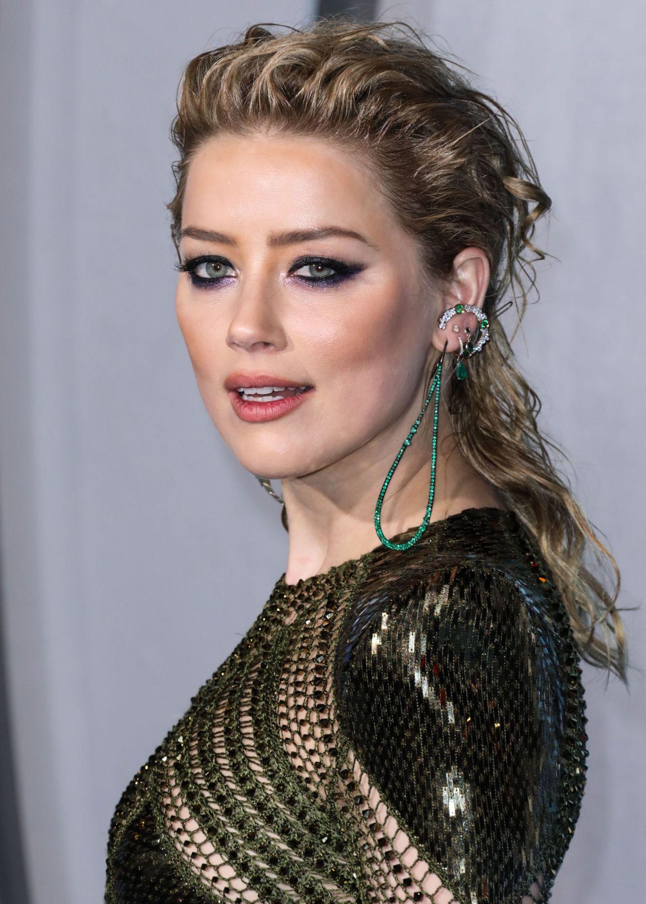 """Amber Heard - """"Aq..."""