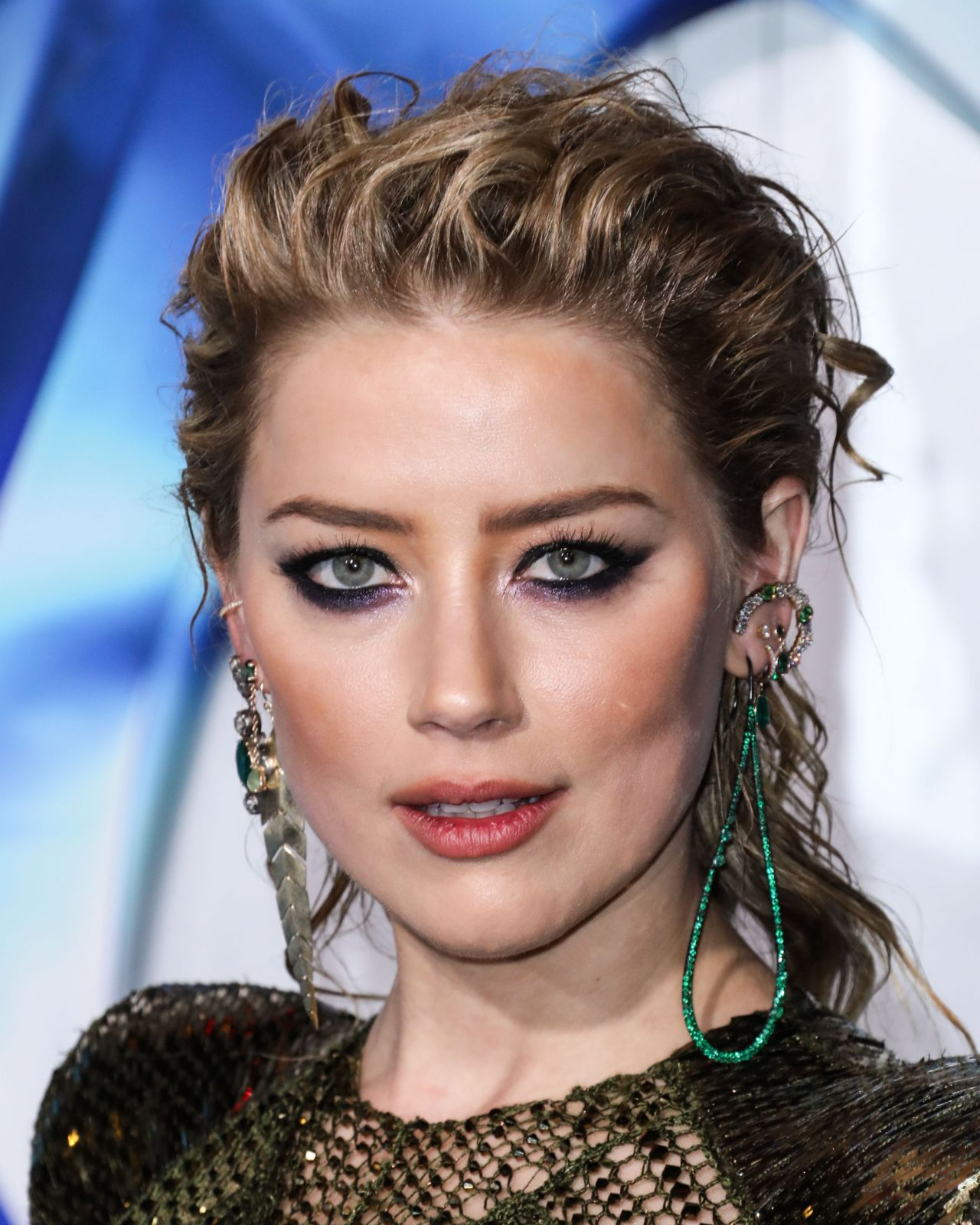 Amber Heard - Aquaman Premiere in LA • CelebMafia
