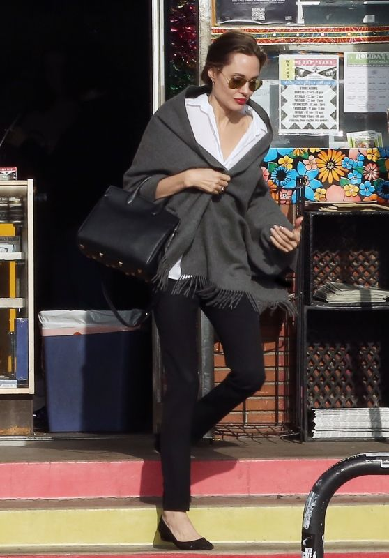 Angelina Jolie - Out in Los Angeles 12/27/2018