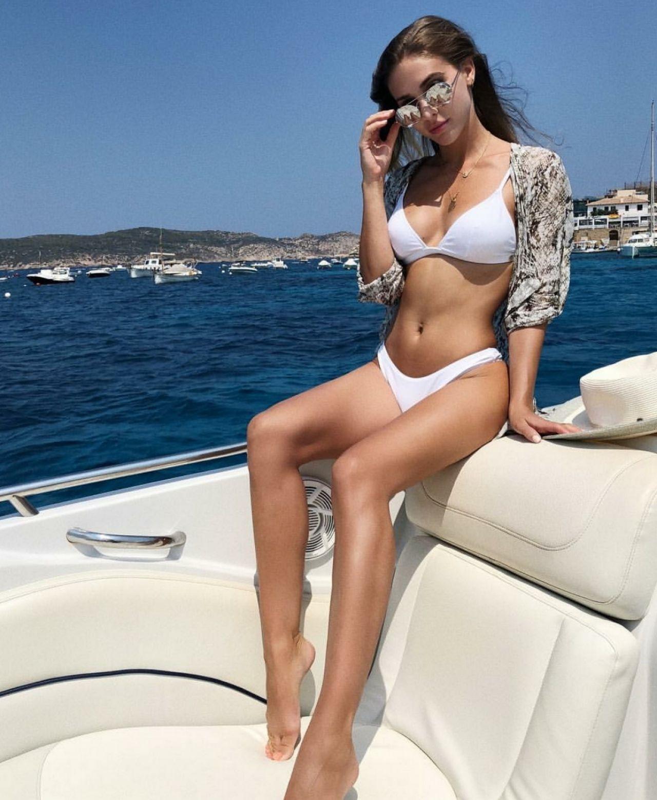 Brömmel bikini ann-kathrin Ann Kathrin