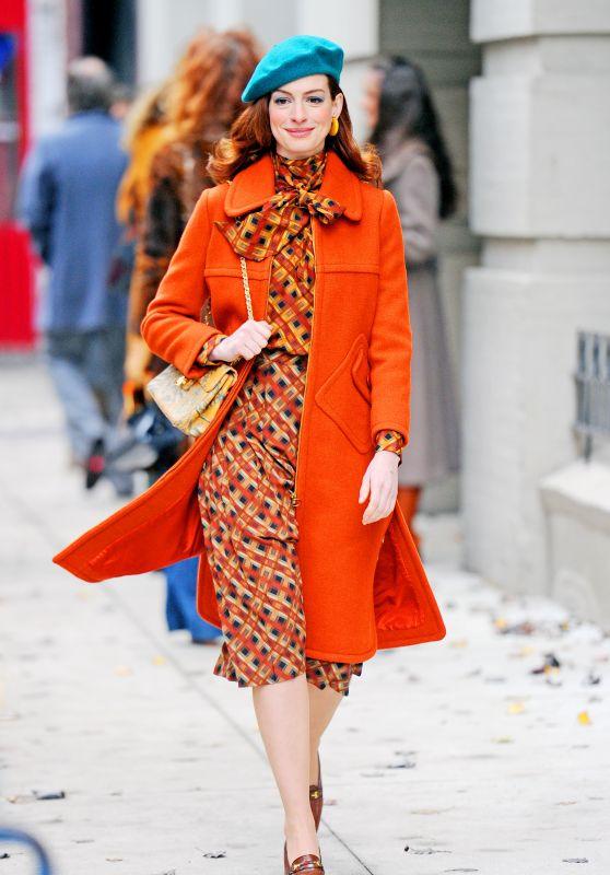 """Anne Hathaway - """"Modern Love"""" Set in New York City 12/03/2018"""