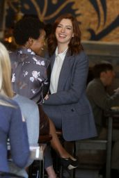 """Anne Hathaway Wears a Suit at the """"Modern Love"""" Set 12/04/2018"""