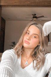 Annie LeBlanc - Personal Pics 12/27/2018