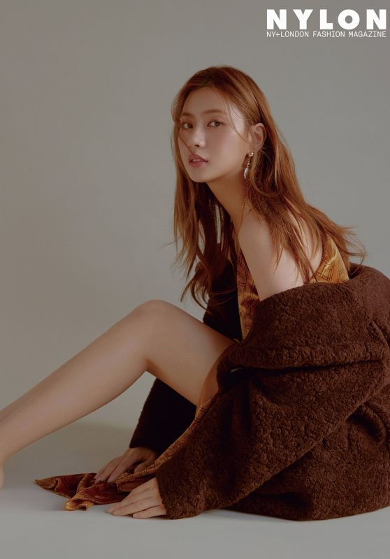 Apink Hayoung - Nylon Korea December 2018