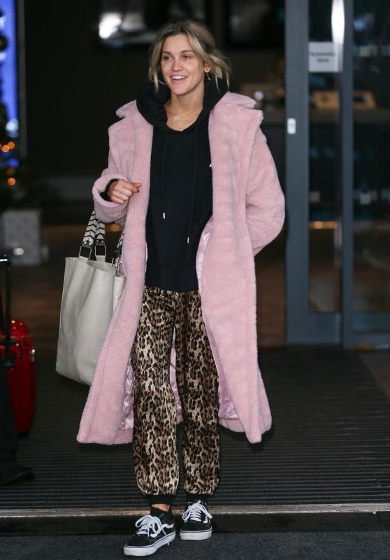 Ashley Roberts – Strictly Come Dancing Celebrities and Dancers Leaving Their Hotel, London 12/01/2018