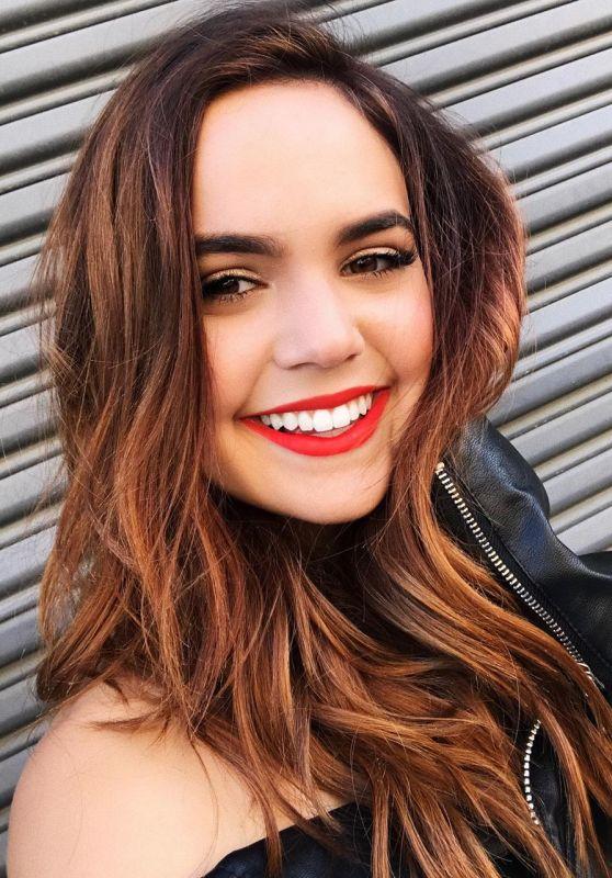 Bailee Madison - Personal Pics 12/14/2018
