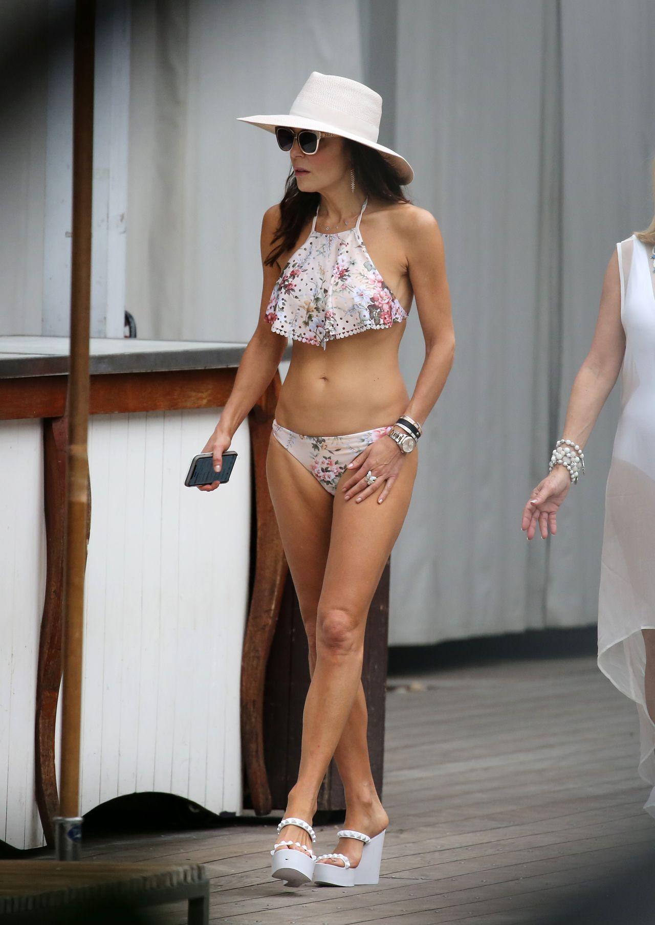 Bethenny Frankel in Bikini by the Pool in Miami 12/04/2018