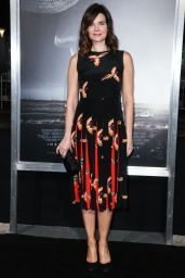 "Betsy Brandt – ""The Mule"" Premiere in Westwood"