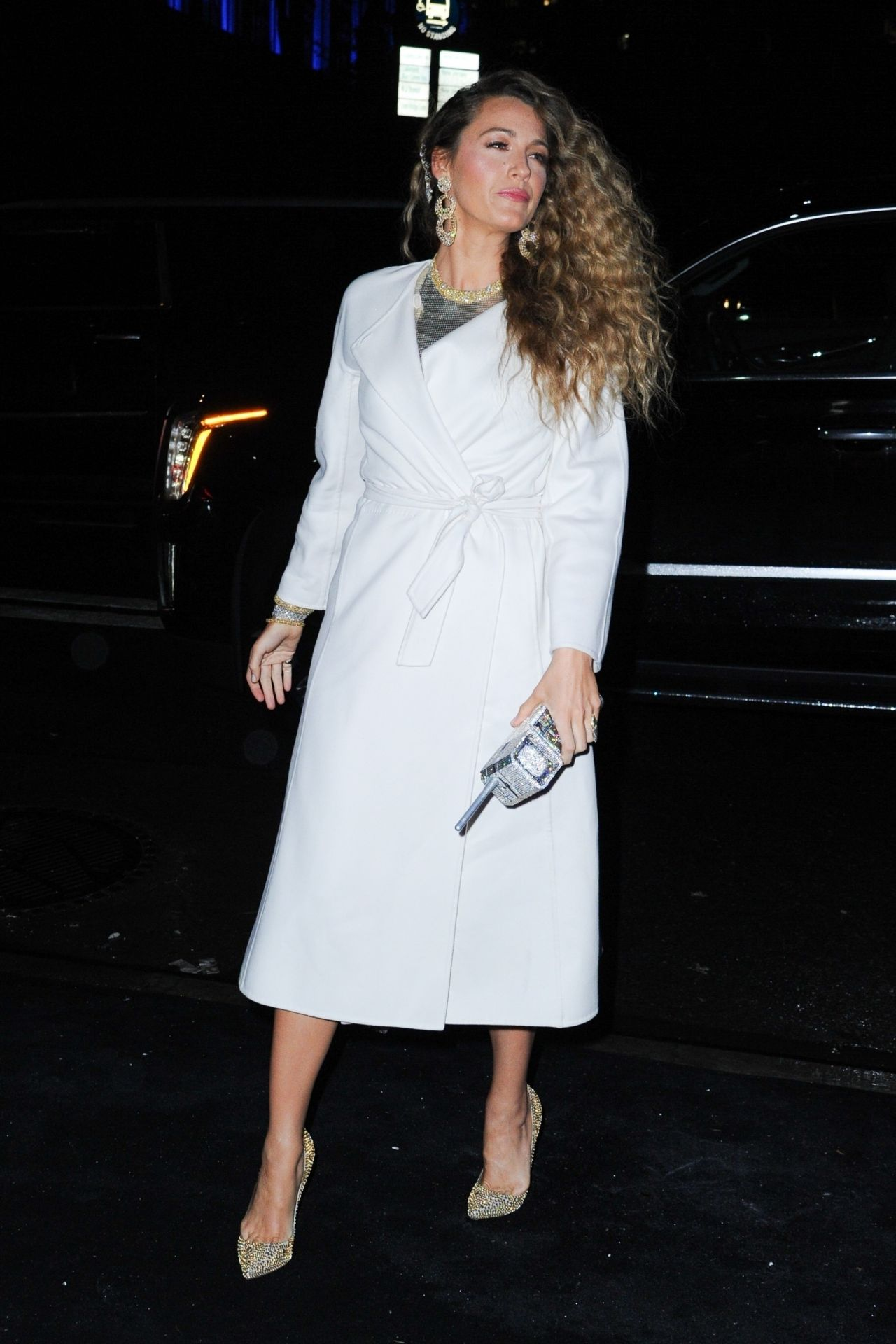 Blake Lively Arriving To The Versace Pre Fall 2019