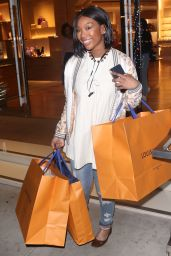 Brandy Norwood - Shopping in Beverly Hills 12/11/2018