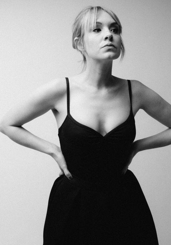 Brea Grant - Personal Pics, December 2018