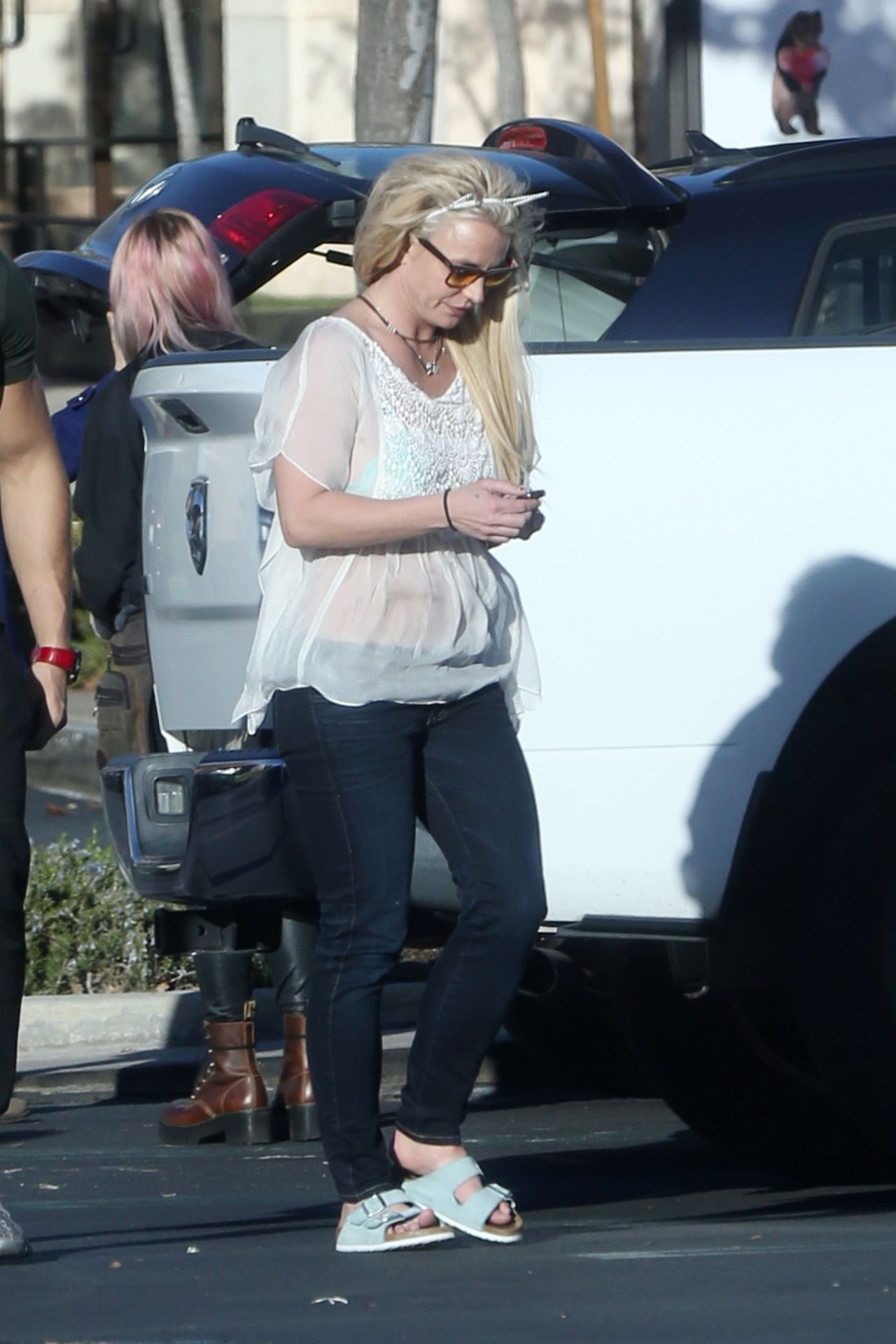 Britney Spears In Casual Outfit In Calabasas 12 08 2018