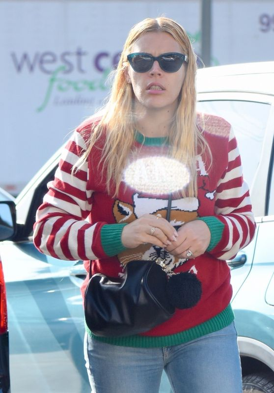 Busy Philipps Wears Christmas Sweater 12/24/2018