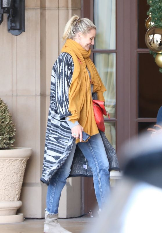 Cameron Diaz - Heading to Lunch in Beverly Hills 11/30/2018